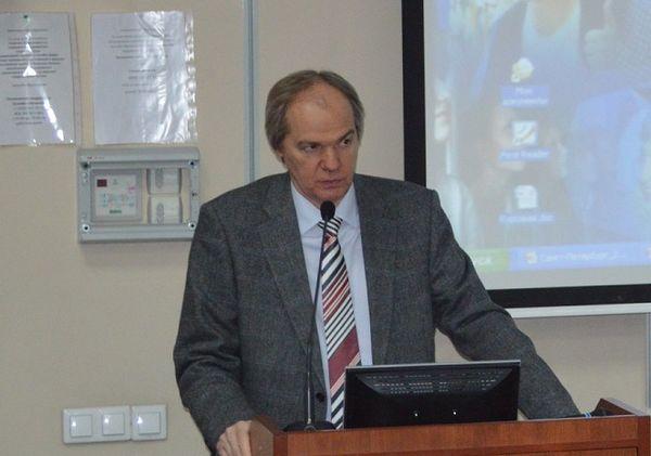 Первый проректор Московского финансово-промышленный университета «Синергия» Владимир Алексеевич Леднев
